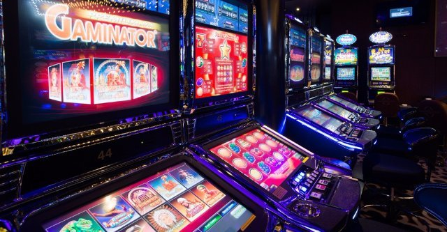 Начинай в казино Колумбус играть онлайн в слот Авалон